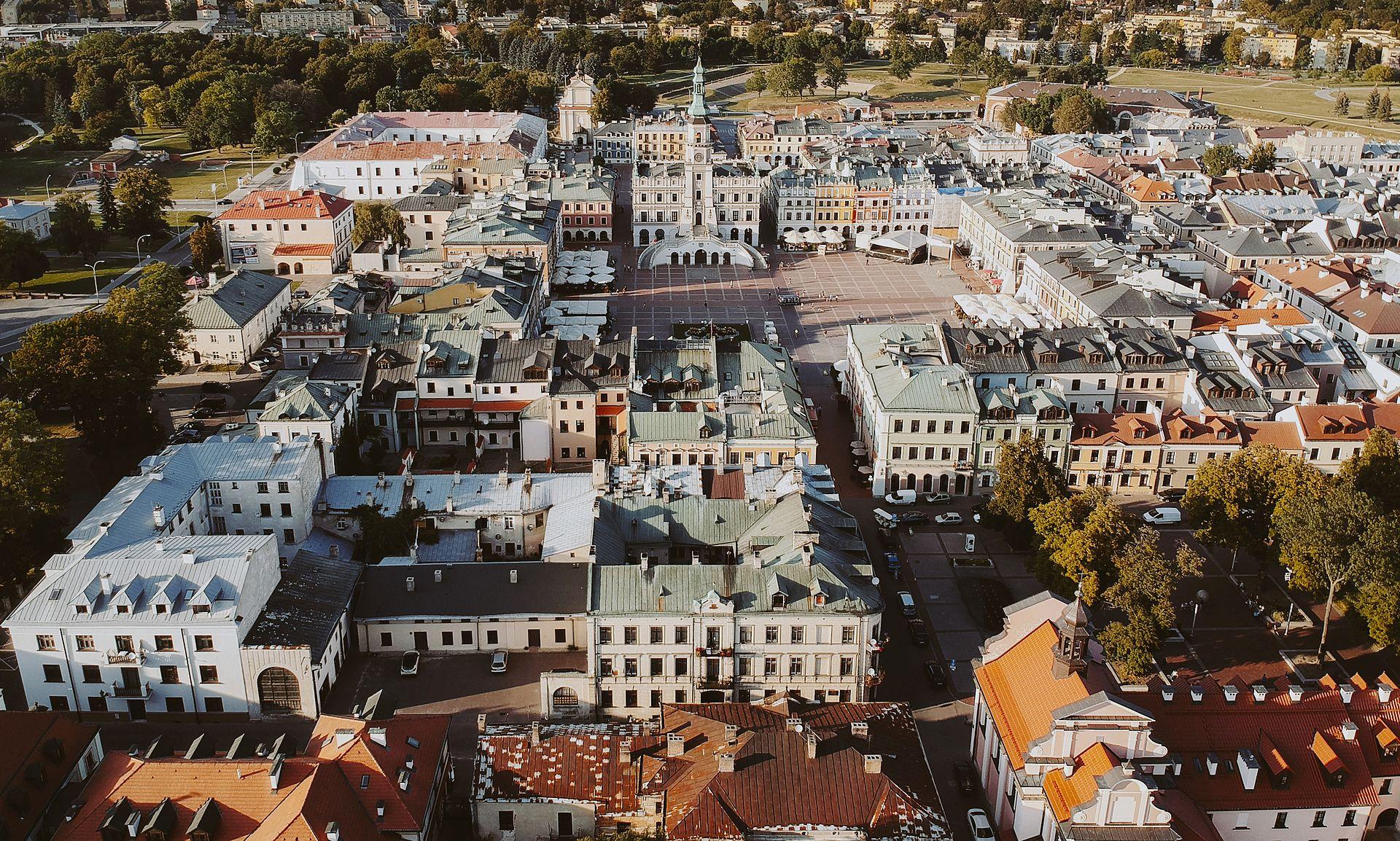 Widok Starego Miasta z wysokości 100 metrów